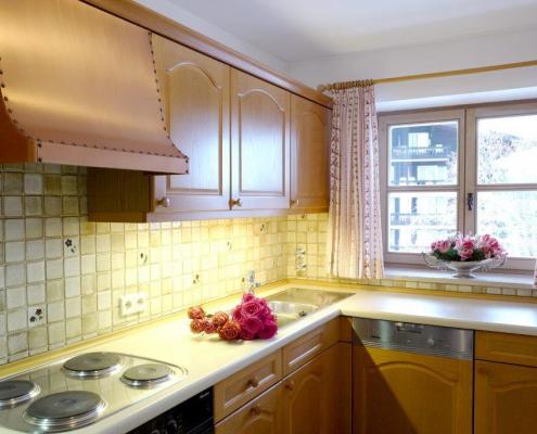 Family-Suite Kitchen